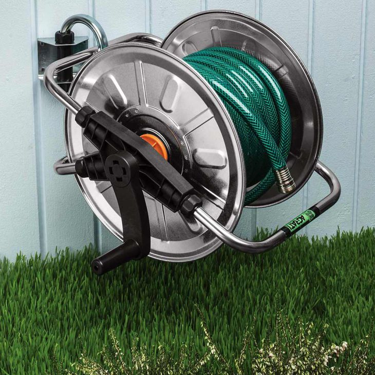How to fix retractable air hose reel